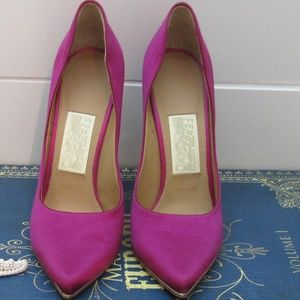 Authentic Salvatore Ferragamo Heel Pump size 8 B